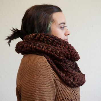 wool cowl, chunky cowl, crochet cowl, circle scarf, chunky scarf, crochet scarf, brown cowl / THE ELISE / Sequoia / Wool Acrylic