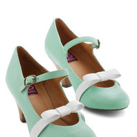 ModCloth Vintage Inspired Nothing Short of Sweet Heel in Mint