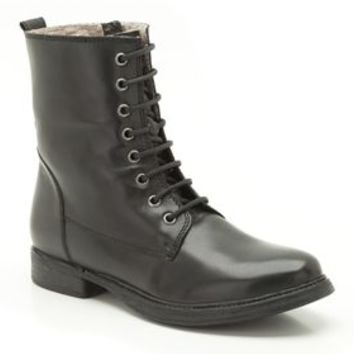Womens Casual Boots - Moody Cute in Black Leather from Clarks shoes