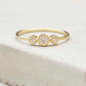 3-Stone Milgrain Ring - Gold