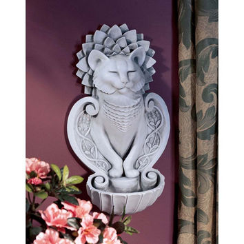 Park Avenue Collection Purr Wall Sculpture Zeleny