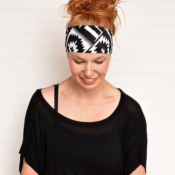 Yoga headband, Black and white wide boho headband, Workout headband, Fitness headband, Bohemian headwrap, Ladies stretch headband,
