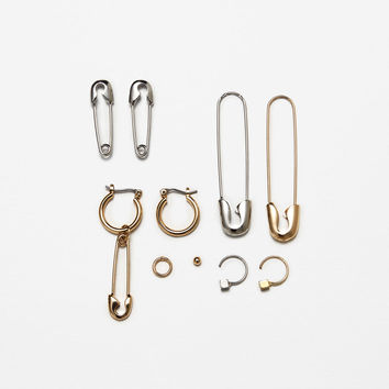 PACK OF SAFETY PIN EARRINGSDETAILS