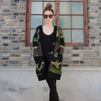 Charming long loose camouflage cardigan sweater (ESR160)