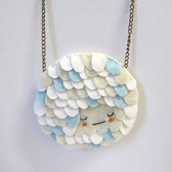Scalloped Necklace in Napping Cloud