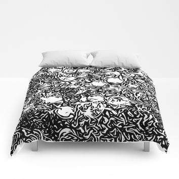 Black and white flowers Comforters by Taoteching / C4Dart