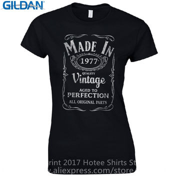 Offensive T Shirts Short Sleeve Top Crew Neck Womens Made In 1977 Fitted - Born 40Th Year Birthday Present Funny Gift T Shirt