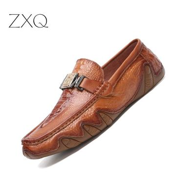 Men's Genuine Soft  Crocodile Pattern Leather Moccasins