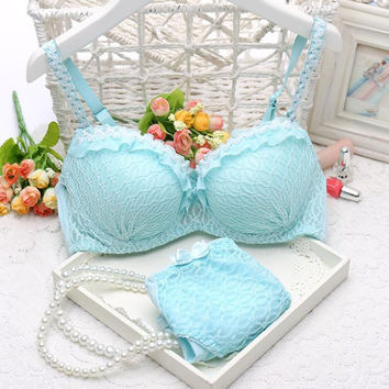 Free shipping 2015 Women sexy lace Womens Lingerie Ruffle Push-Up bra Lace Underwear Bra briefs sets A B C cup 32 34 36
