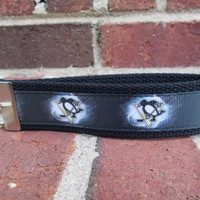 Pittsburgh Penguins NHL Keychain Wristlet