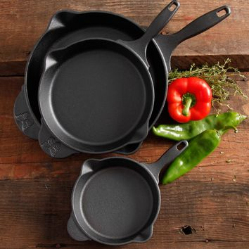 "The Pioneer Woman Timeless Cast Iron 3-Piece Set, 6"", 8"" and 10"" Cast Iron, Pre-Seasoned - Walmart.com"