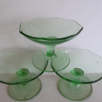 3 Green Depression Glass Stemware Desert dishes Art Deco Glassware Green Depression Cups Green Stemware Art deco Barware Custard cups