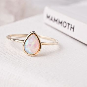 Opal Ring Gold Opal Stacking Ring Gold Oval Opal Statement Ring Opal Stacking Ring Gift For Friend Gift For Sister Gift For Her Opal Ring