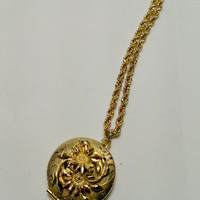 Retro Locket Flowered Gold Tone Locket on Chain Vintage Locket Necklace