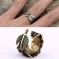 Retro Womens Mens Chic Rings Feather Vintage Finger Ring Jewelry