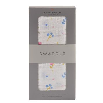 NEWCASTLE CLASSICS SPRING TIME FLOWER SWADDLE