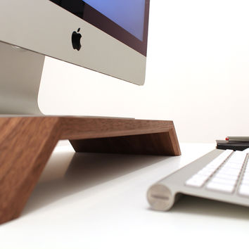 WoodUp OLYMP | Wooden iMac stand | Massive walnut wood