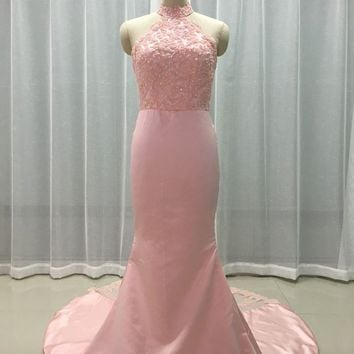 Pearl Pink Satin Lace Applique Halter Zipper Back Mermaid Long Bridesmaid Dresses For Wedding Party