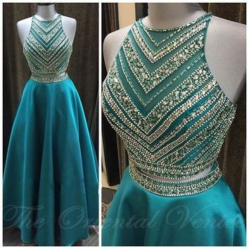 Luxury Beaded Crystal Two Pieces Prom Dresses Hunter Satin Crop Top Long 2 pieces Evening Gowns Graduation Party Dress Vestidos