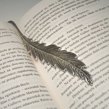 Feather Bookmark, Beaded Metal Bookmark, Book lover gift idea