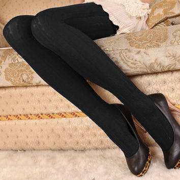 Fashion Women Tights 2017 Autumn Winter Velvet Knitted Stockings Women Ladies Pantyhose Tights Warm Tights Collant Femme Solid