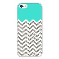 iZERCASE Chevron Pattern Turquoise Grey White Mixed RUBBER iphone 4, iphone 4S case (NOT ACTUAL GLITTER) - Fits iphone 4/4S T-Mobile, AT&T, Sprint, Verizon and International