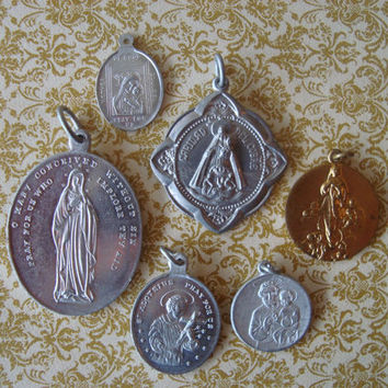 Vintage Religious Medals - Religious Medal Lot