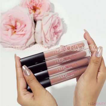 Huda Beauty matte matte lip glaze lip gloss