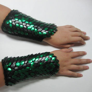 Scalemail Armor Bracers Knitted Dragonhide custom by Crystalsidyll