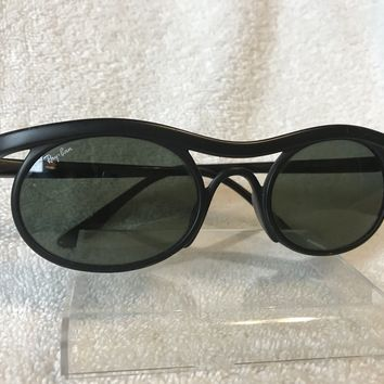 Rare Vintage Bausch & Lomb Ray Ban Predator Style Sunglasses Matte Black Unisex