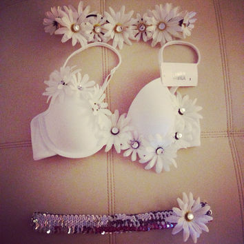 Diamonds and Daisies Rave Bra Set