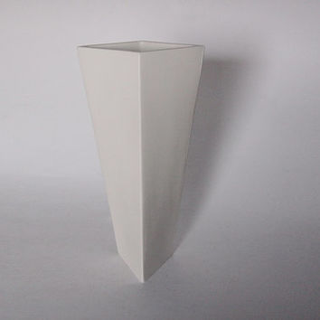 Vintage Dutch Tall Modernist White  Vase - Cor Unum 80s