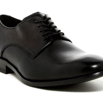 COLE HAAN Williams Plain Toe Derby Leather Oxfords