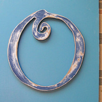 """Distressed Wooden Letter O  Wall Hanging   30""""  ANY Letter 11 Colors Choice of Font"""