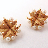 Trifari Pearl & Gold Vintage Clip On Earrings - Costume Jewelry - Grape or Ivy Leaves - bridal - white gold clipon clips - not pierced