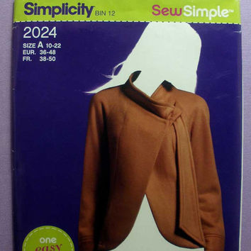 "Women's Asymmetrical Fleece Jacket Simplicity 2024 Misses' Size 10, 12, 14, 16, 18, 20, 22 Bust 32,34,36,38,40,42,44"" Sewing Pattern Uncut"