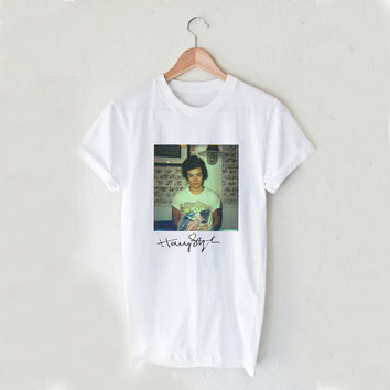 Harry Styles Photoshoot Sign Music Tour Unisex T Shirt