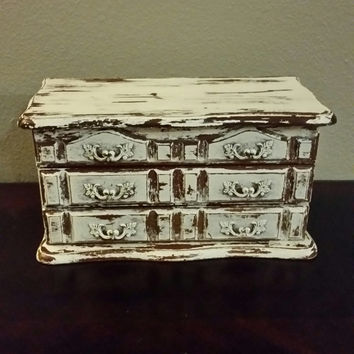 Shabby Chic Jewelry Box, Chippy Painted Jewelry Box, Antique White Painted, Chalk Paint Jewelry Box, Jewelry Armoire, Vintage Jewelry Box