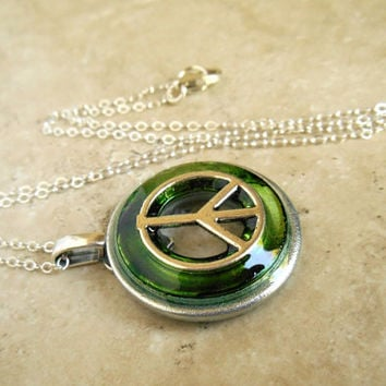 Peace Necklace: Green - Unique Jewelry - Summer Jewelry - Pendant Necklace - Hippie Jewelry - Peace Sign - Peace Symbol - Boho Jewelry
