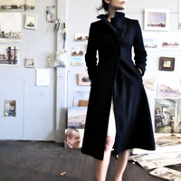 Vintage Navy Blue Wool Coat  Fitted & by GinnyandHarriot on Etsy