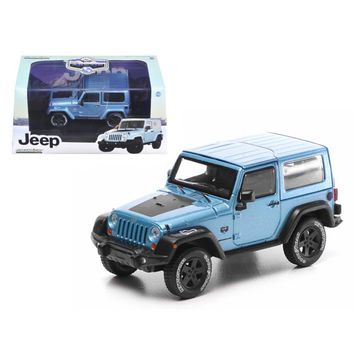 2012 Jeep Wrangler Rubicon Arctic Special Edition Blue With Case Limited Edition 1 of 2520 Produced Worldwide 1-43 Diecast Model Car by Greenlight