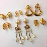 Six pairs 1980s retro vintage gold pairs earring / clip on earrings /nice gold tone earrings/ bulk earrings / fashion jewelry