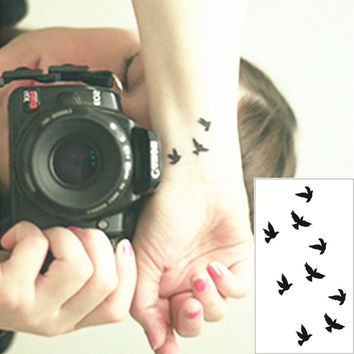 Black Swallow Flash Tattoo Hand Sticker 10.5*6cm Small Waterproof Henna Beauty Temporary Body Tattoo Sticker Art FREE SHIPPING