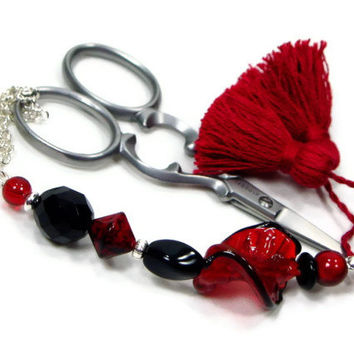 Beaded Scissor Fob, Quilting, Sewing, Cross Stitch, Gift for Crafter, Red, Black, DIY Crafts, TJBdesigns, Direct Checkout