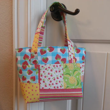 Fun in the Sun Tote- Summer Fruit and Flowers