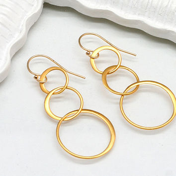 Gold  Linked Circle Earrings,Gold Filled,Gold Vermeil, Eternity Circles, Simple, Delicate, Eternity Earrings, Graduation,Bridesmaids