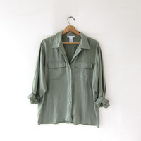 vintage green silk shirt. slouchy silk blouse. silk pocket shirt. long sleeve silk top.