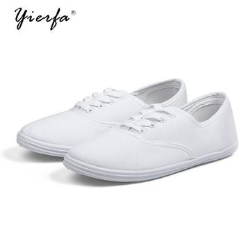 Women's spring canvas shoes