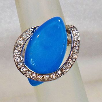 Blue Ring. Vintage Ring. Blue Onyx Ring. Blue Agate Ring. Swarovski Ring. Silver Ring. Rings for Women. Jewelry for Women. waalaa.