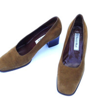 Vtg Italy leather shoes size 8 70s Wide heel pumps Italian caramel suede Nando Muzi shoes Brown Chamois leather